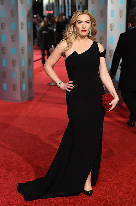 Kate Winslet wearing Karmel and carrying Cloud