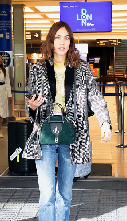 Alexa Chung carrying VARENNE